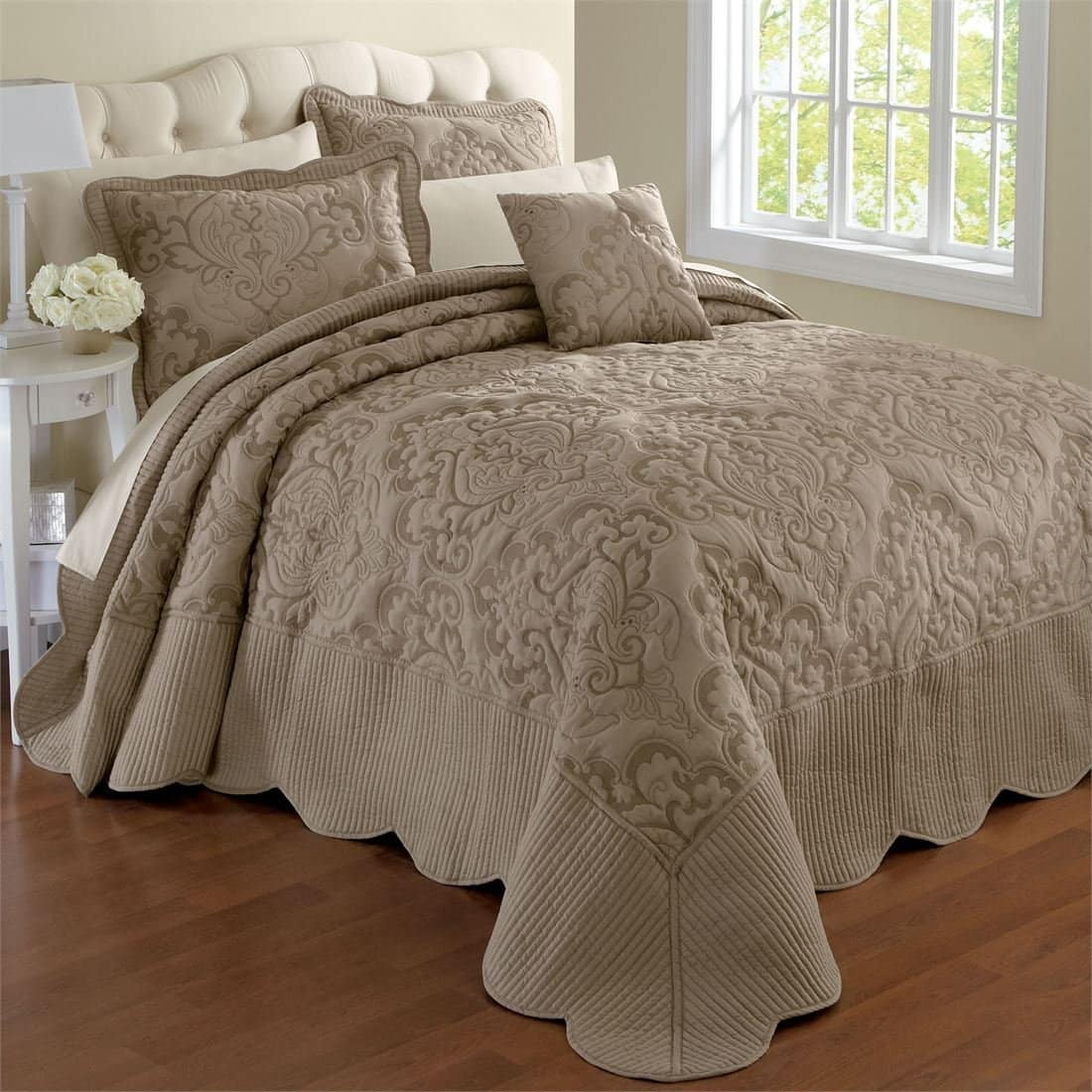 matches. ($ - $) Find great deals on the latest styles of King size chenille bedspreads. Compare prices & save money on Bedspreads.