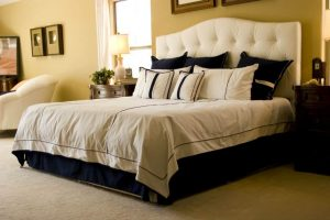 Beckham Hotel Collection Goose Down Alternative Reversible Comforter: A Review